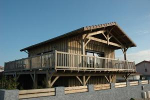 maison bois moderne et familial
