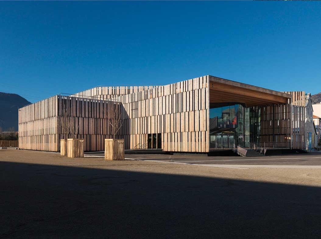construction de substitution en bois pour les musiques électriques à Grenoble