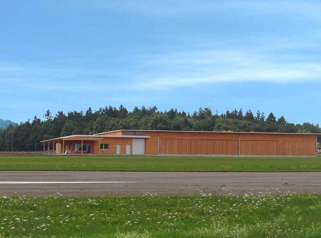 l'aéroport en bois de Roanne