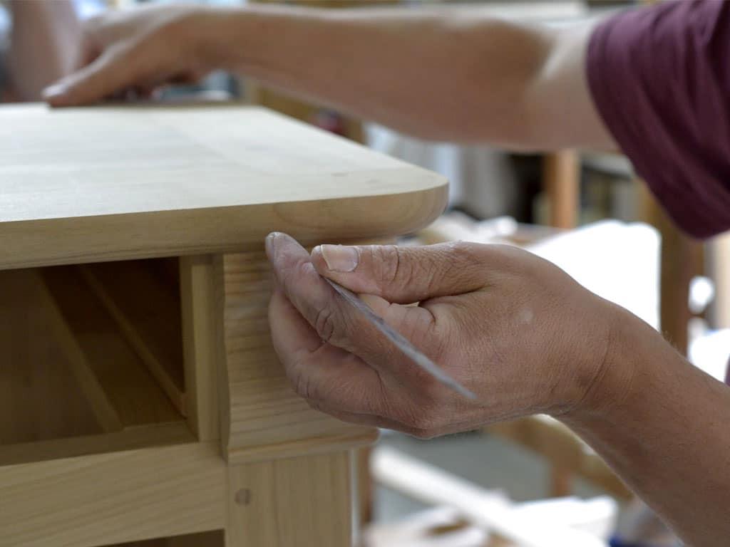 Venez découvrir les artisans ébénistes de France dans leur atelier