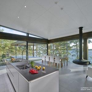 cuisine ouverte blanche et salle à manger