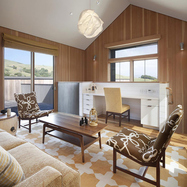 ranch moderne en bois en Californie
