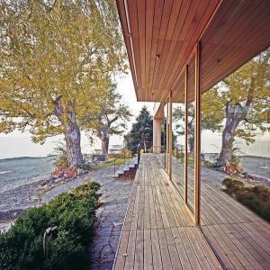 terrasse en bois d'une maison bois en Allemagne