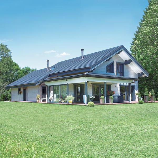 maison en bois massif sur-mesure