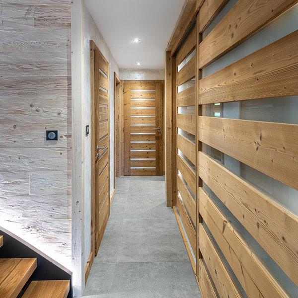 design intérieur d'un chalet en bois dans les Vosges