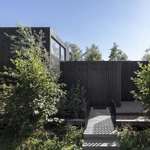 maison bois familiale originale aux Pays-Bas