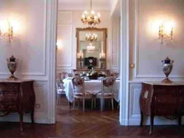 french_apartment9-Dining Room Wall 421_Decor Part I