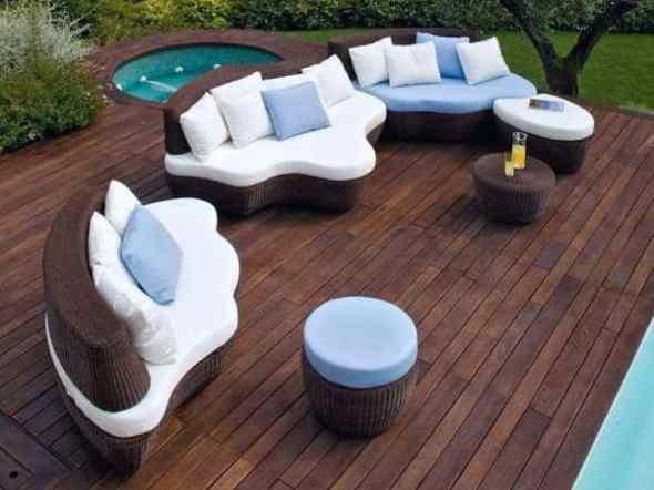 Modern Garden Furniture with Contemporary Patio