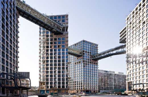 Construction of Linked Hybrid by Steven Holl