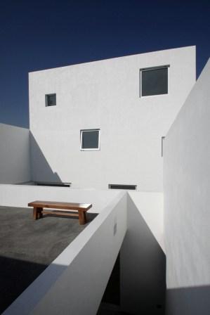 4 PLANS HOUSE, Santa Catarina NL / by Dear Architects