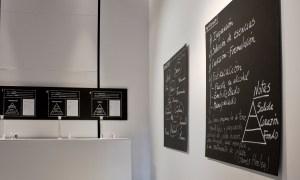 En Esencia. Olfactory exhibition / by Julia Jorge and Javier Alejandre