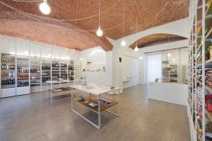 ZABBARA shop in Turin, Italy / by UAU office