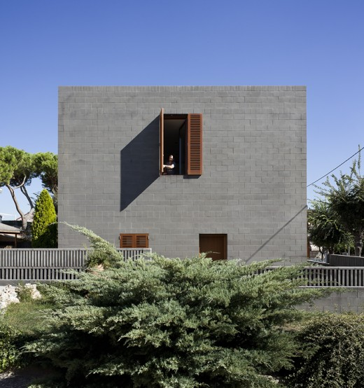 HOUSE 804 in Barcelona, Spain / by H ARQUITECTES