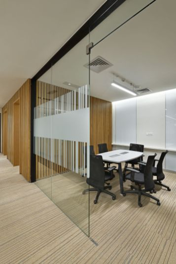 Office for Shapoorji Pallonji at Kolkata, Utopian Associates