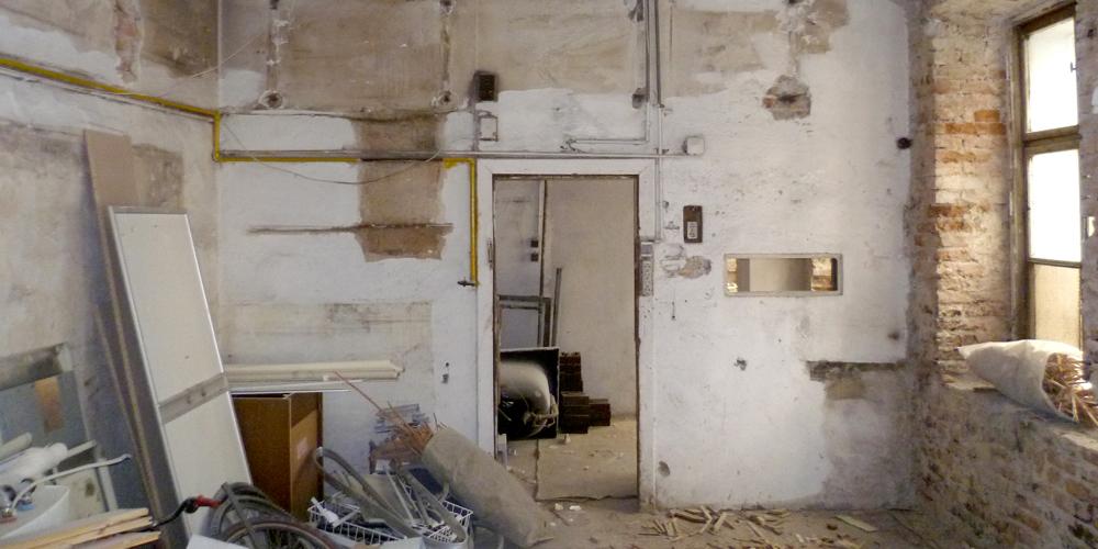 Raum vor der Renovierung