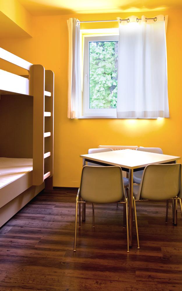 Jugendgästehaus Hütteldorf - Zimmer Sitzbereich