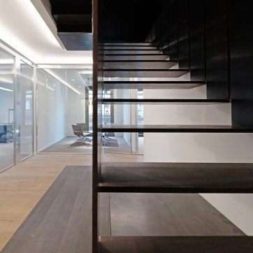 itas-hq-Milano-by-il-prisma-new-staircase-detail