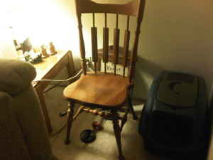 $5 Wooden Craigslist Chair Before