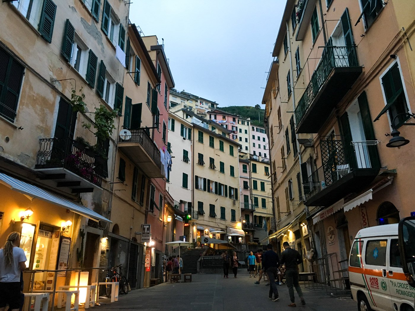 If you've only got a short amount of time, here's how to do Cinque Terre in one day!