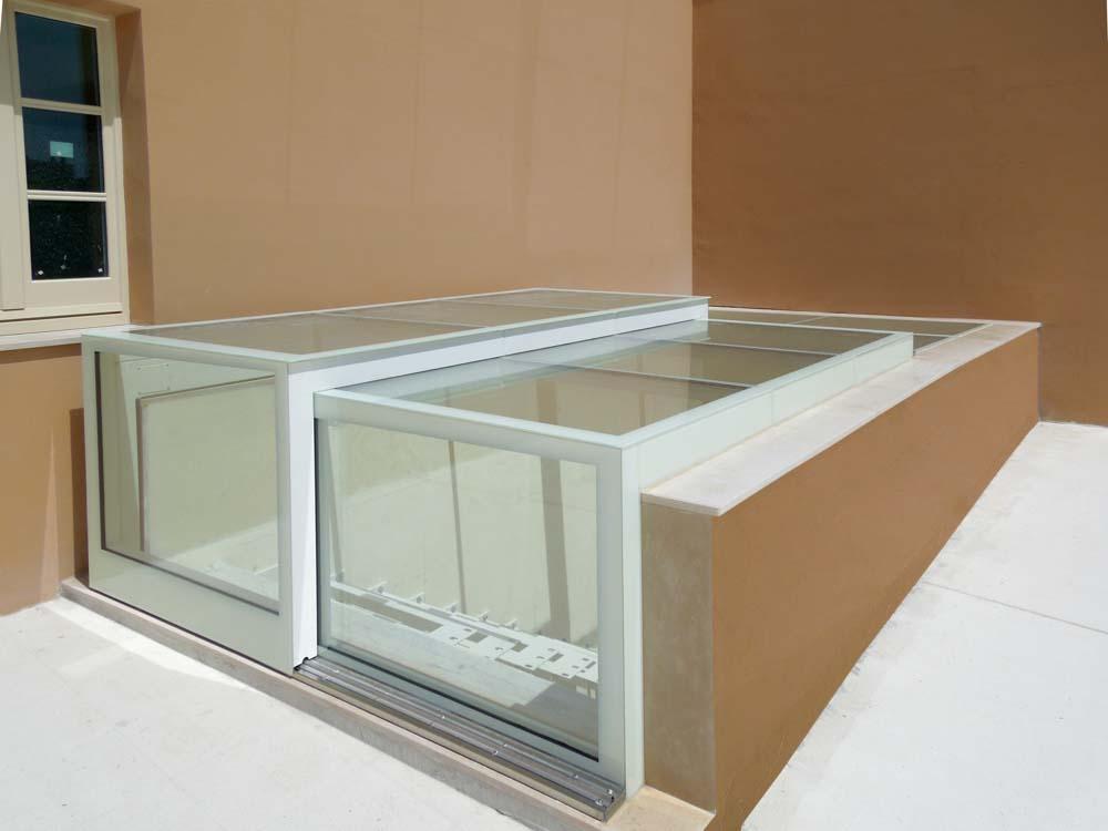 Lucernari in vetro apribili variglass archivetro - Copertura scale interne ...