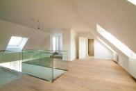 Galerie, Bad, Ausgang oberer Terrasse
