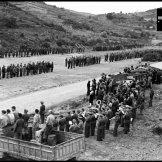 Las brigadas internacionales forman en su base antes de partir. 1938