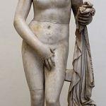 220px-Cnidus_Aphrodite_Altemps_Inv8619
