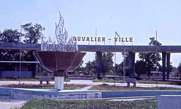 Entrada a la que iba a ser Duvalierville