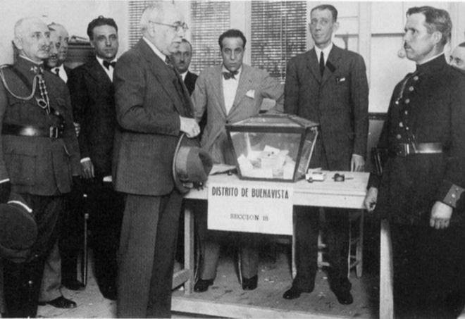 Azaña durante las elecciones de 1936. El mundo, 2016. Fraude y violencia