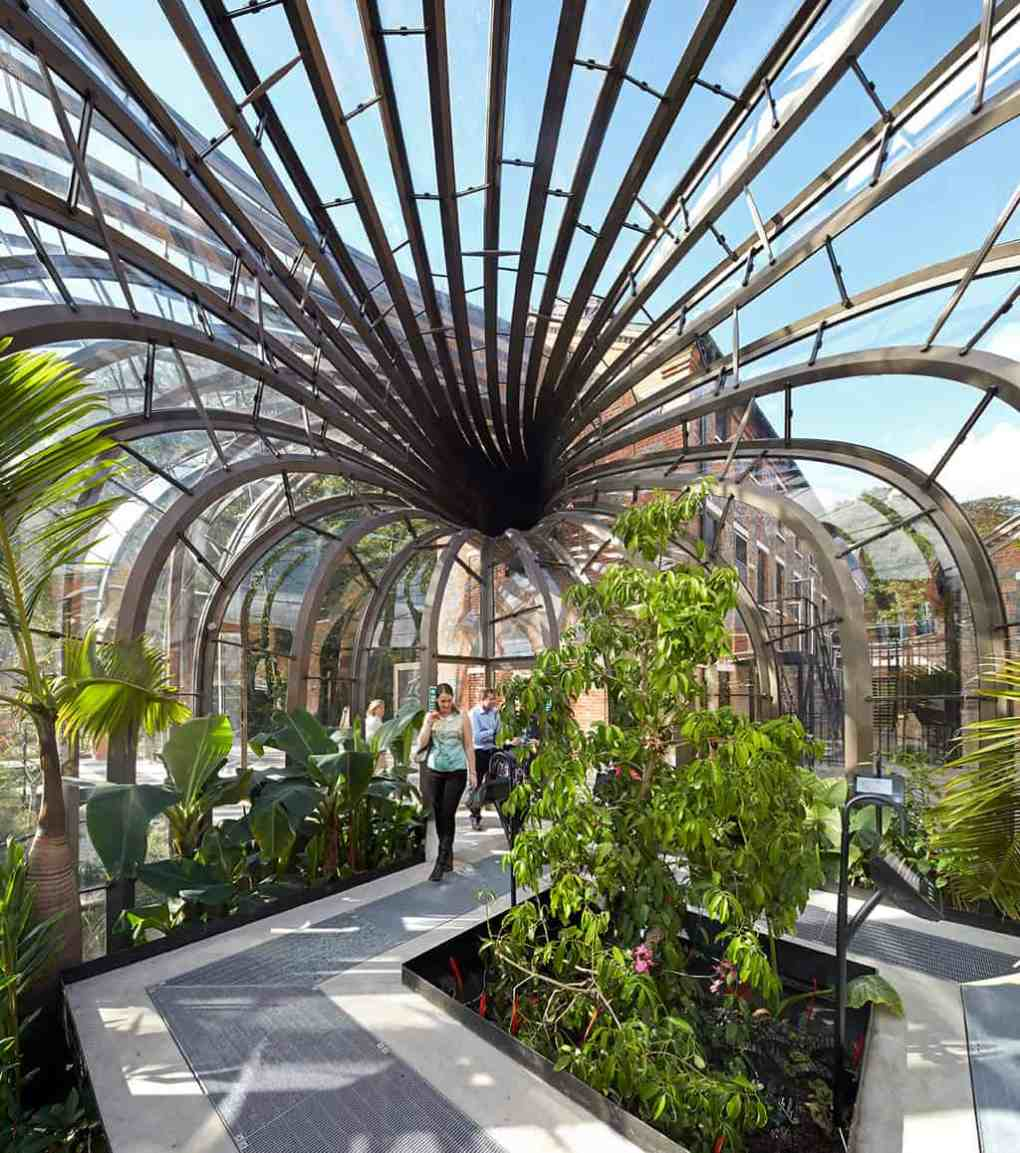 Bombay Sapphire Distillery  Heatherwick Studio Give A New