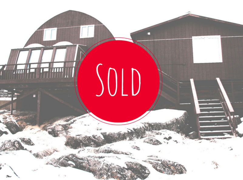 ARCTICdeco.com: Red House SOLD