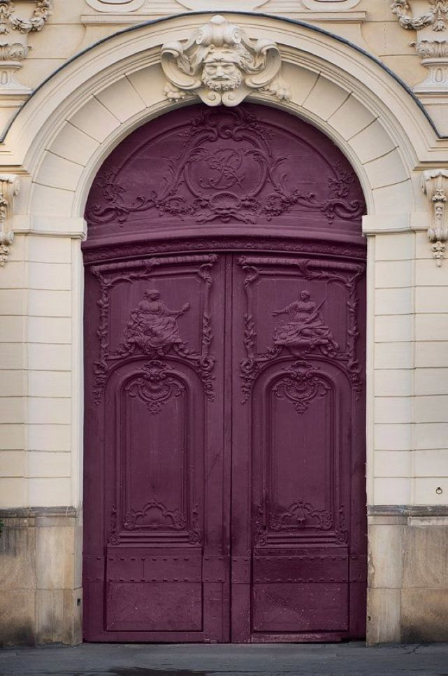 ARCTICdeco_plum_door1