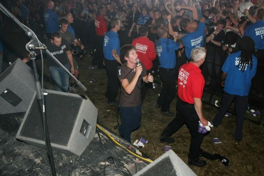 arctic monkeys reading 2005