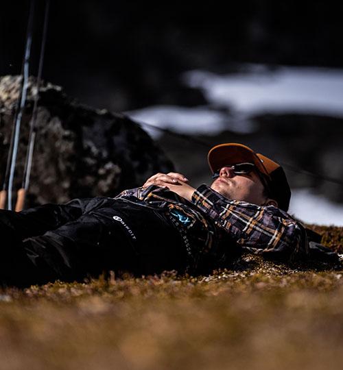 Angler chilling
