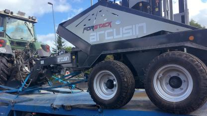 ARCUSIN ACCUMULATEUR BALES BALE CHASER FORSTACK FRANCE 2
