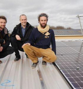 Installation des panneaux photovoltaïques de la coopérative Cinergie !