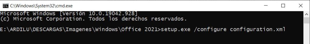 comando CMD para descargar Office 2021 gratis para Windows 10