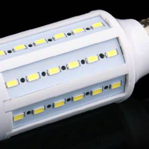 Lampada LED SMD E27 bianco caldo 25W 98Leds 5730