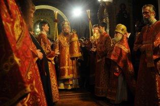 Фоторепортаж из Свято-Троицкого Ионинского монастыря о праздновании Светлого праздника Пасхи 74