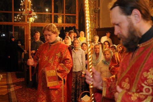 Фоторепортаж из Свято-Троицкого Ионинского монастыря о праздновании Светлого праздника Пасхи 104