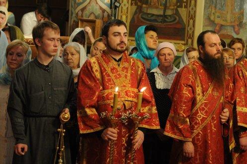 Фоторепортаж из Свято-Троицкого Ионинского монастыря о праздновании Светлого праздника Пасхи 137