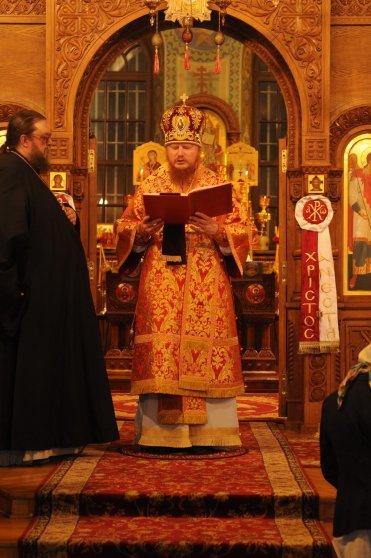 Фоторепортаж из Свято-Троицкого Ионинского монастыря о праздновании Светлого праздника Пасхи 192