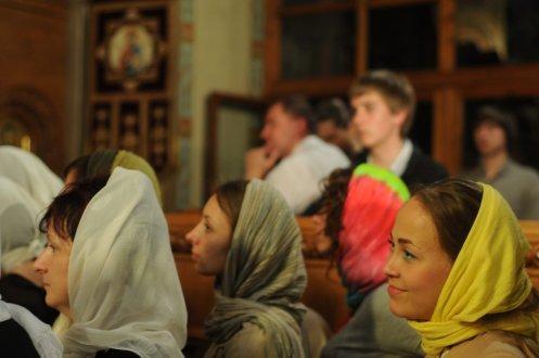 Фоторепортаж из Свято-Троицкого Ионинского монастыря о праздновании Светлого праздника Пасхи 248