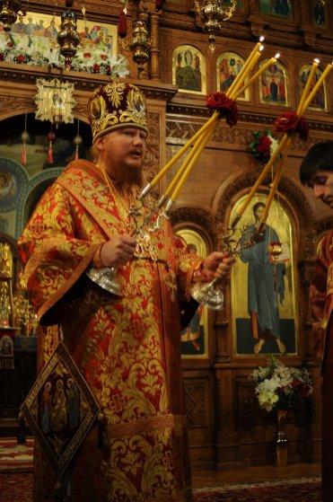 Фоторепортаж из Свято-Троицкого Ионинского монастыря о праздновании Светлого праздника Пасхи 303