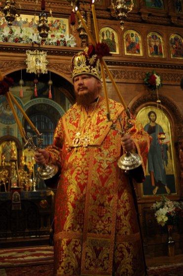 Фоторепортаж из Свято-Троицкого Ионинского монастыря о праздновании Светлого праздника Пасхи 309