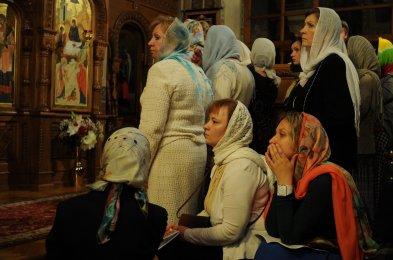 Фоторепортаж из Свято-Троицкого Ионинского монастыря о праздновании Светлого праздника Пасхи 315