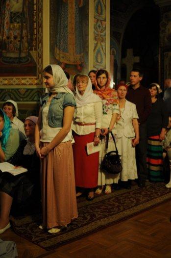 Фоторепортаж из Свято-Троицкого Ионинского монастыря о праздновании Светлого праздника Пасхи 316