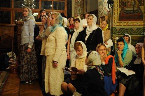 Фоторепортаж из Свято-Троицкого Ионинского монастыря о праздновании Светлого праздника Пасхи 324