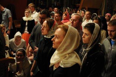 Фоторепортаж из Свято-Троицкого Ионинского монастыря о праздновании Светлого праздника Пасхи 339