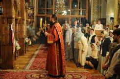 Фоторепортаж из Свято-Троицкого Ионинского монастыря о праздновании Светлого праздника Пасхи 351